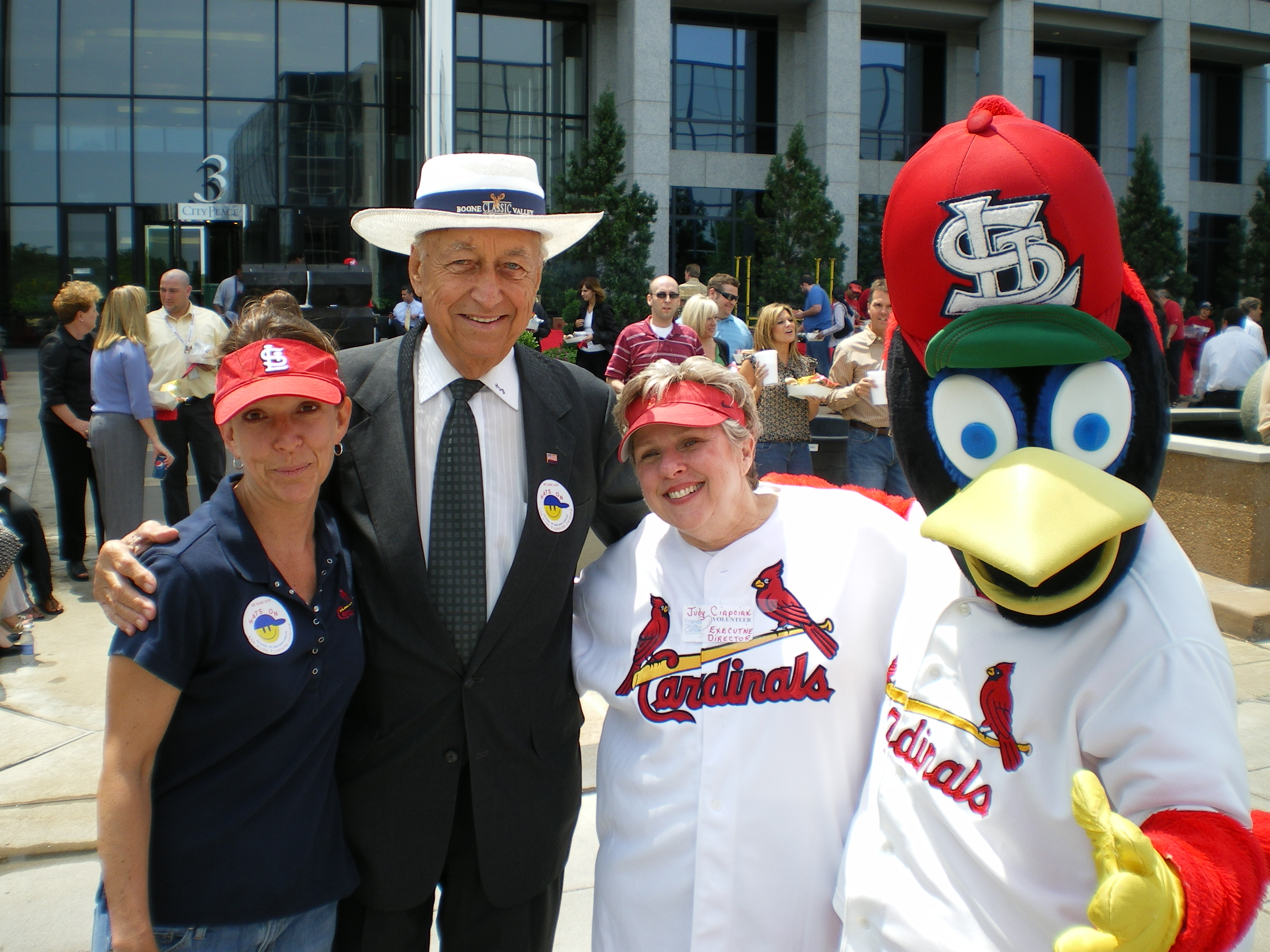 Kris Kennedy, Mayor Deilman, Judy Ciapciak and Fredbird